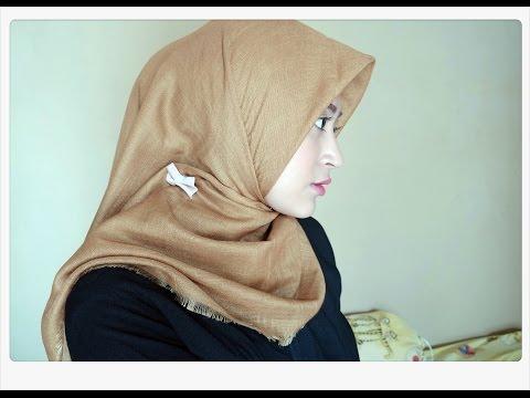 Video #62 Hijab Tutorial - Natasha Farani (2 Cara Memakai Jilbab Paris Segi Empat Simple)