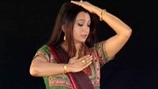 Learn Kathak with Pali Chandra, Hindi 030, Demonstration of the prayer song