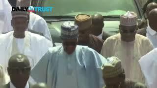 VIDEO: Buhari treks 800 meters, cheers crowd after Eid el-Kabir prayer in Daura