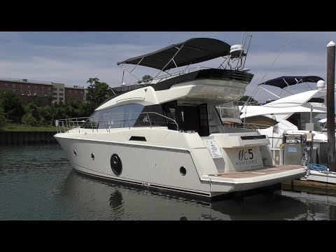 Power & Motoryacht Magazine's Season-long Monte Carlo 5 Review