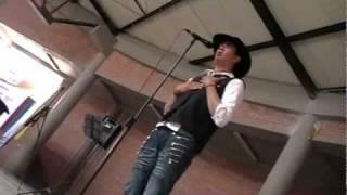 preview picture of video 'Billete verde maraton canto 24 horas Eduardo Cabrera SINGING MARATHON'