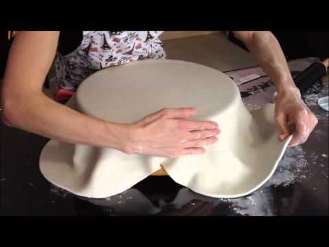How To Cover A Dummy (polystyrene) Cake With Fondant
