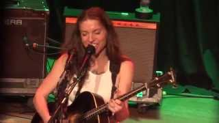 Ani DiFranco - Smiling Underneath (live in San Diego)