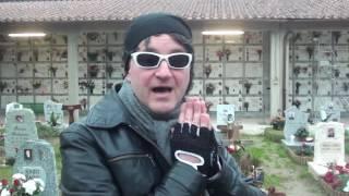 Visita alla tomba di Carlo Monni💪😭 al cimitero di Firenze con l'attore Giuliano Grande 😢