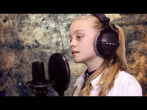 BEST YOUNG VERSION of LOVELY   BILLIE EILISH (Cover by Mia)