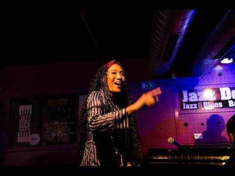 Video: Judith Hill - Funky party at Jazz Dock