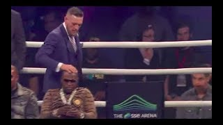 Conor Mcgregor Touches Floyd Mayweather's Shiny Head - UFC - Boxing