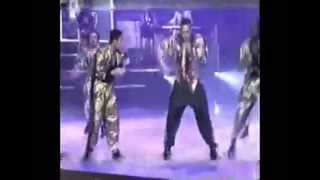 Here Comes the Hammer - MC Hammer