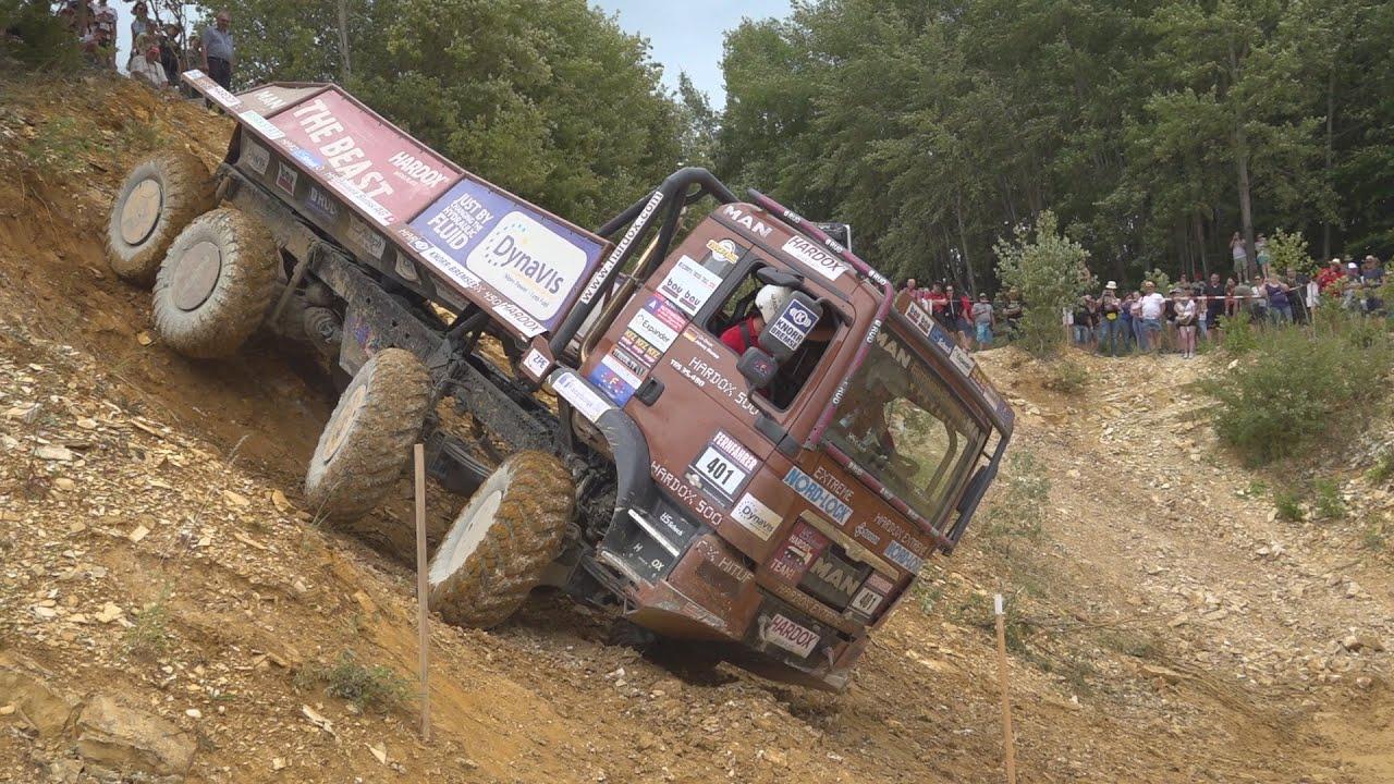 Какие препятствия преодолевают грузовики на внедорожных соревнованиях