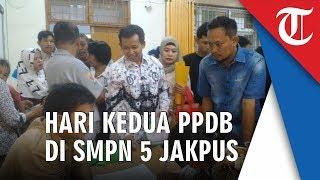 Suasana Hari Kedua Pendaftaran PPDB 2019 Jalur Zonasi, di SMPN 5 Jakarta Pusat