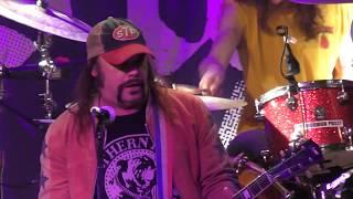 Nashville Pussy - Everybody's Fault But Mine / Piece Of Ass / Pillbilly Blues - Live 2017 +  setlist
