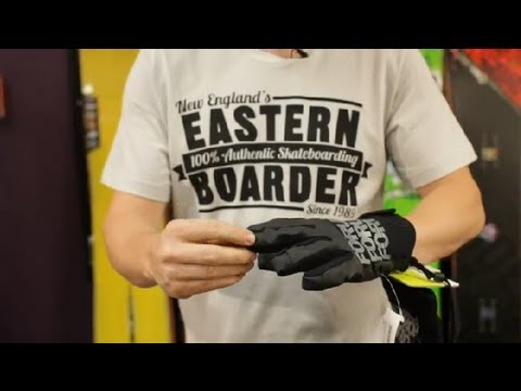 How Should a Snowboard Glove Fit? : Snowboard Maintenance