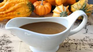 Turkey Gravy with Porcini Mushrooms and Marsala Wine – Make-Ahead Thanksgiving Turkey Gravy Recipe
