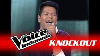 "Daniel Pattinama ""Pelangi""   Knockout   The Voice Indonesia 2016"