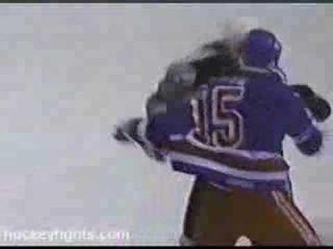 Jim Cummins vs. Darren Langdon