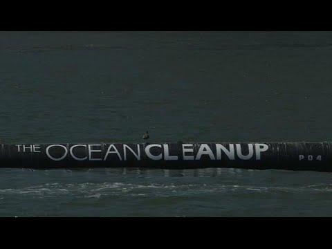 العرب اليوم - شاب أميركي يخترع جهازًا لتنظيف المحيطات في كاليفورنيا