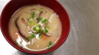 宝塚受験生の美腸レシピ〜豚肉と野菜の粕汁〜のサムネイル