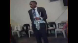 Kwesinye isikhathi uku lalela uNkulunkulu