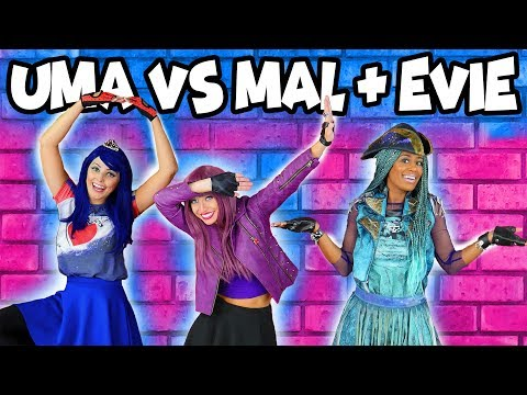 Uma vs Mal and Evie and Lonnie Dance Challenge. Totally TV