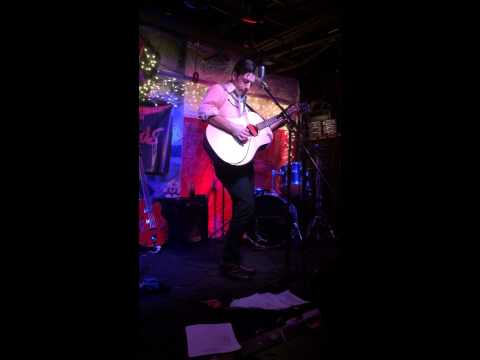 Seth Kessel at Hill Country BBQ - Muleskinner Blues (fast version!!)