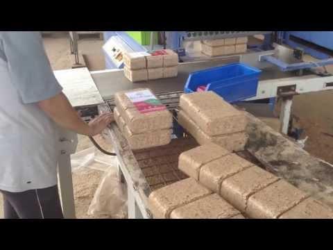 Briquetas de madera con RUF 400