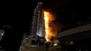 В Дубае из горящего отеля-небоскреба эвакуированы постояльцы