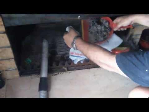 Σπιτικά Μαστορέματα: Καθαρισμός τζακιού