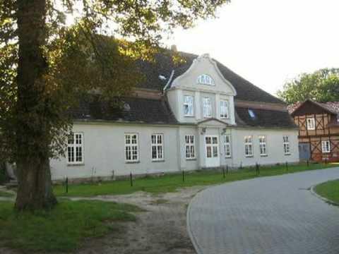 ausbaufähiges Gutshaus in Ostseenähe in Gransebieth