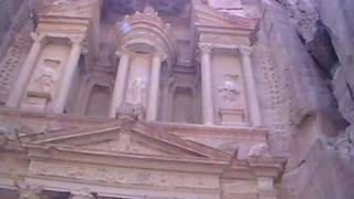 preview picture of video 'Petra Main Entrance'