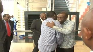 Raila lands in Kisumu ahead of Uhuru's visit - VIDEO