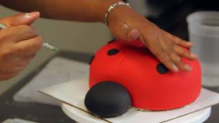 How To Add Polka Dots To A Ladybug Cake | Birthday Cakes