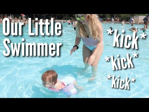 First Time Swimming On Her Own! *adorable* | Teen Mom Vlog