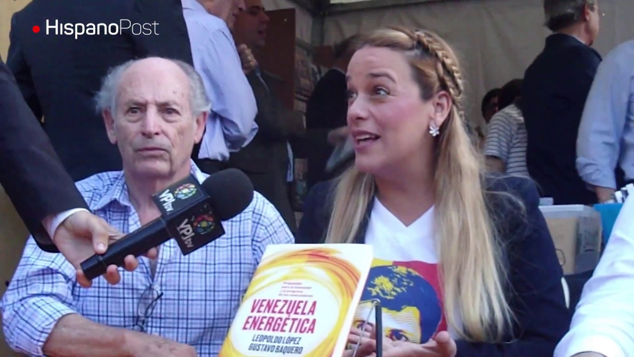Leopoldo López escribió su libro de petróleo  en la piel de su esposa y su madre