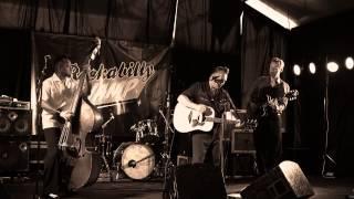The Three Farmer boys ''Slippin inn'' live at Rockabilly Swamp 2012 @Doccies Youtube Channel