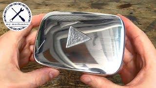 Ручная серебряная кнопка воспроизведения