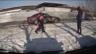 """Автоворы на рынке """"Барыс"""" Алматы"""