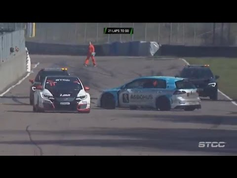 STCC 2017. Race 2 Ring Knutstorp. Start Crash
