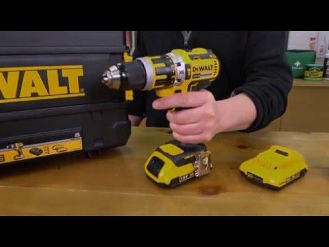 Screwfix - DeWalt DCD795D2-GB 18V XR 2.0Ah Li-Ion Cordless Combi Drill Brushless Motor