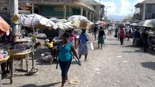 preview picture of video 'travesia por los barrios de gonaives, ciudad de Haiti.'