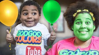 BALLOON POP CHANGE MOM DIFFERENT COLORS!  Goo Goo Gaga Learn the Colors
