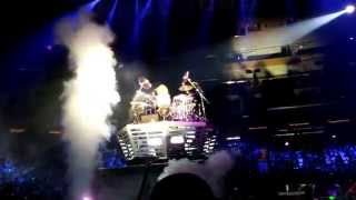 X Japan at Madison Square Garden Yoshiki Drum Solo + Forever Love 2014/10/11