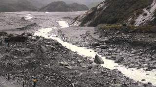 preview picture of video 'Visiting Franz Josef Glacier New Zealand'
