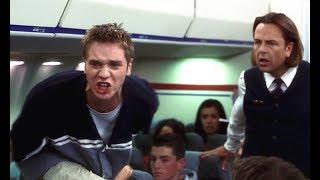 小伙能感知死神到来,刚上飞机就被吓到了,大喊着让大家逃跑
