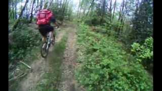 preview picture of video 'GTAP - Jour 4 - Grande Traversée Ariège Pyrénées à VTT - Mai 2012 - Giant Anthem 29er'