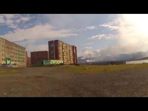Pesca di Astrakan di scampani di video