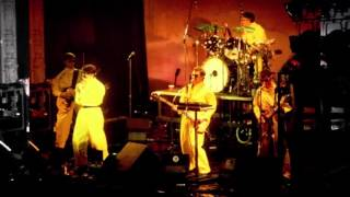 Devo Penetration In The Centerfold (Live New York 1979)