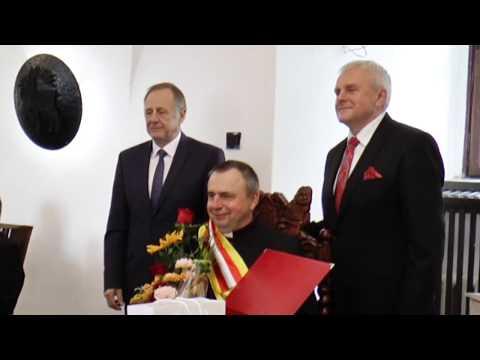 Ks. Jan Sindrewicz Honorowym Obywatelem Miasta i Gminy Pasłęk