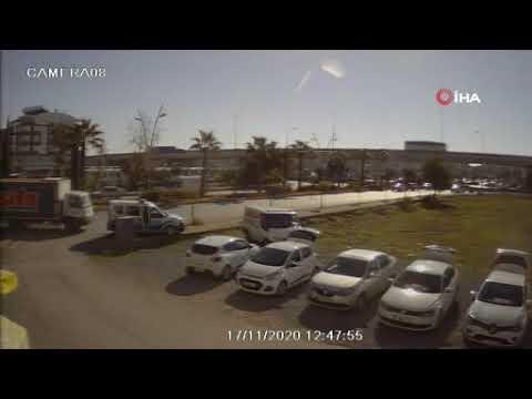 Kamyon şoförü polis ekibine kaza yaptırdı