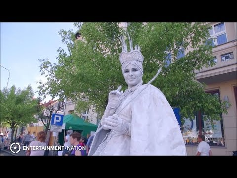 Elite Living Statues Snow Queen