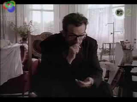, title : 'Veronica Elvis Costello'